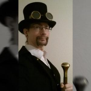 Marten im Steampunk-Outfit